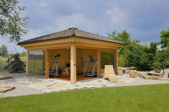 Workout-Gartenhaus von Hummel: das Fitness-Studio im Freien. Foto: Blockhausbau Hummel