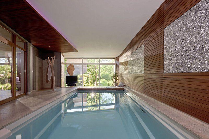 Swimming-pool Riviera-Pool Hallenbad Beckenumrandung Pool