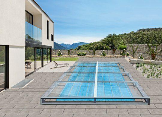 Flachabdeckung für den Swimming-pool von Obru. Foto: Obru