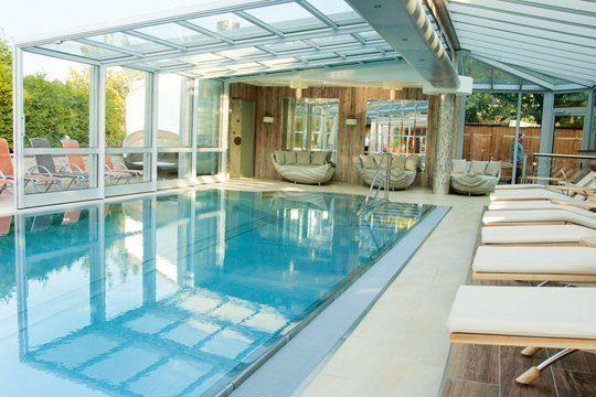 Pool mit Cover zum Aufschieben. Foto: Hotel Prinz