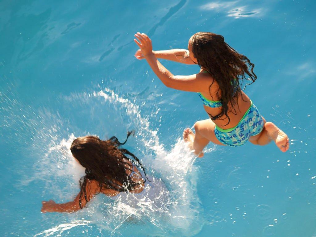 Wasserattraktion Gegenstromanlage Fitness Pool Zubehör