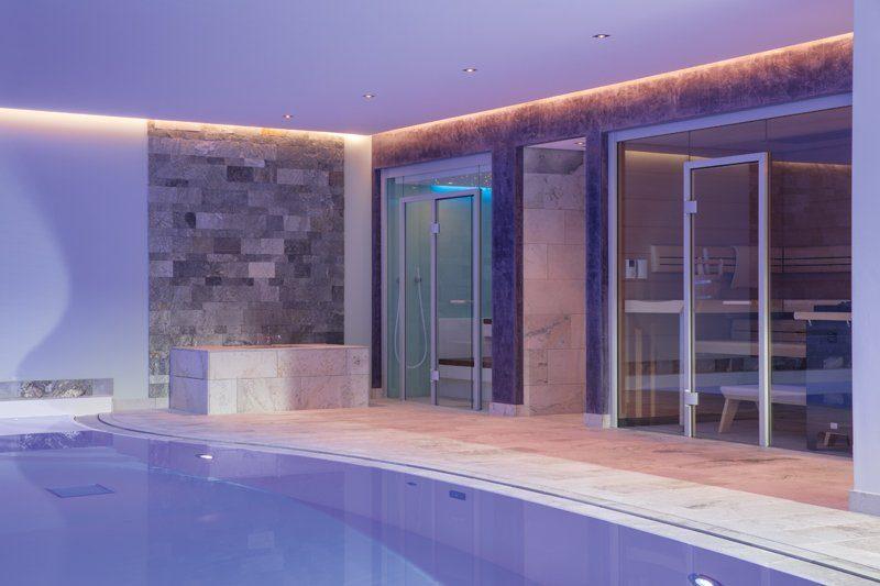 Pool Poolbeleuchtung Gegenstromanlage Sauna Dampfbad