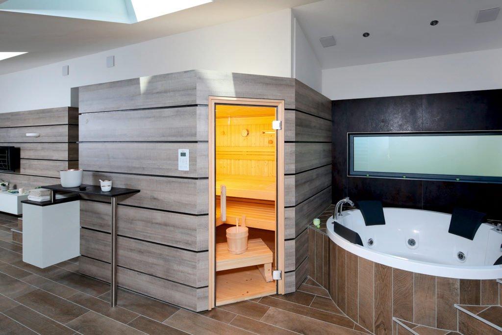 Wellness, die in die Tiefe geht - Ein großer Raum - RUKU Sauna Manufaktur GmbH & Co. KG
