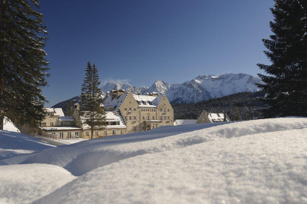 """In idyllischer Lage: Das Wellnesshotel """"Das Kranzbach"""" bei Garmisch-Partenkirchen"""