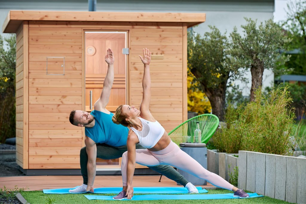 Fitness-Influencerin Mareike Spaleck schwört auf die Kombination aus Sport und Sauna. Foto: Röger