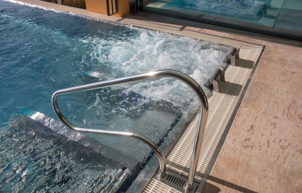 Pool Umbau_Pool zum Whirlpool eckig